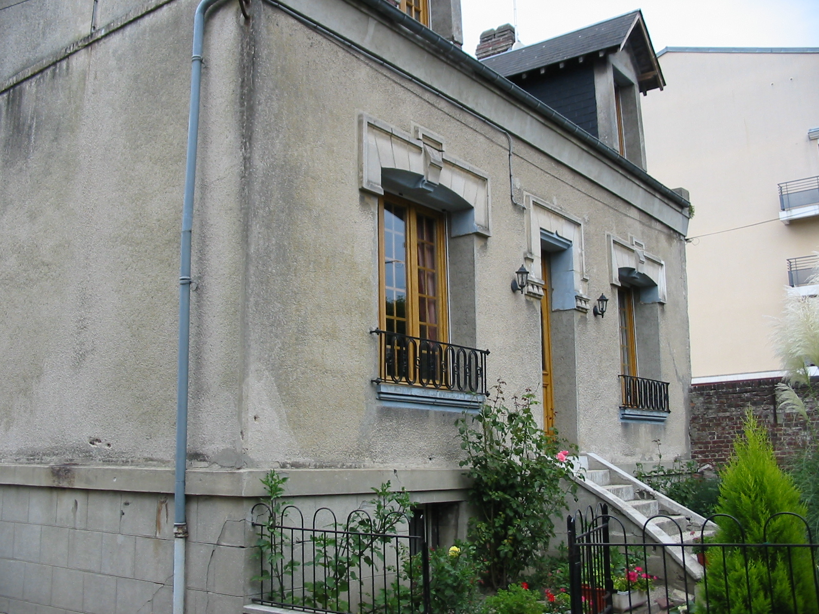 AVANT RÉNOVATION DE FACADE